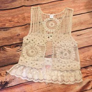 NWOT Boutique Paisley Vine Knitted Lace Vest
